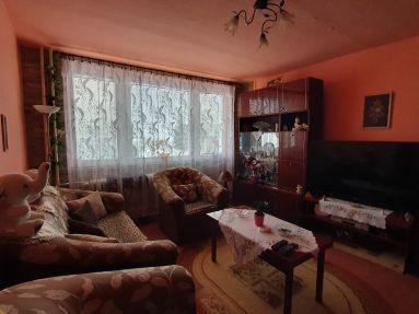 predaj pekného 3 izbového bytu v Medzeve