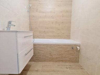 Predaj 4 izb.byt + 2 loggie, Bratislava - Petržalka, Furdekova