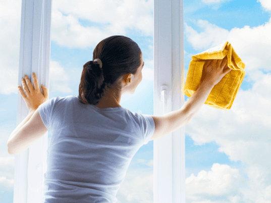 8. Umyte všetky okná